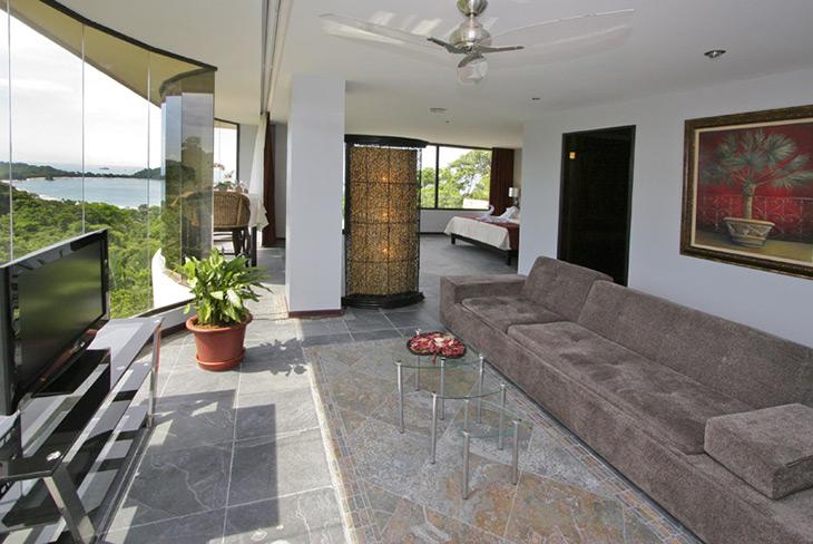 Penthouse-4---living-area