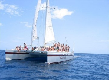 Catamaran_Tour_in_Tamarindo_1406649542
