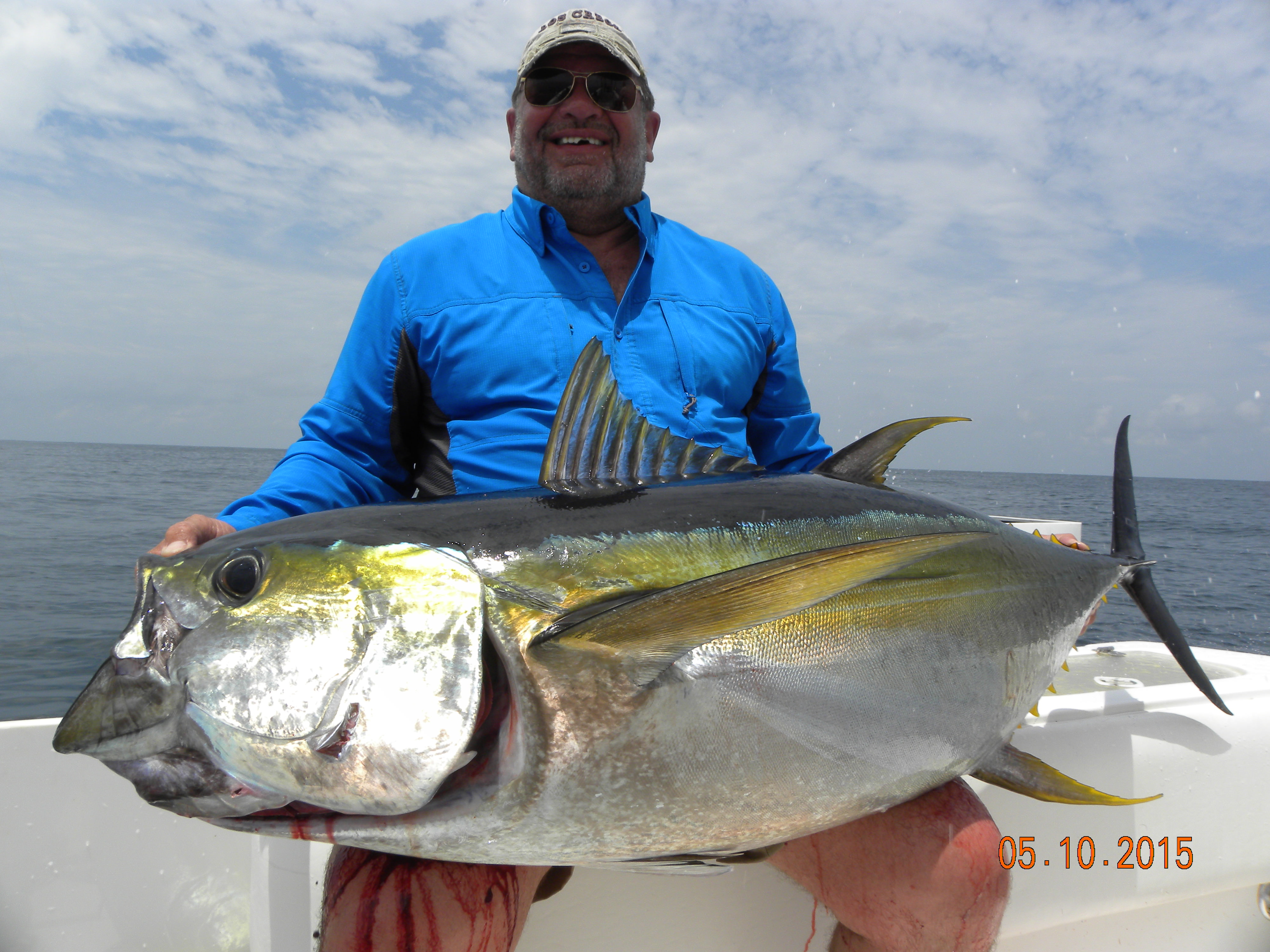 how to bring in a fish from handline fishing